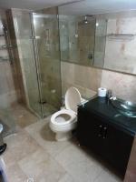 medellin luxury apartment castropol master bathroom