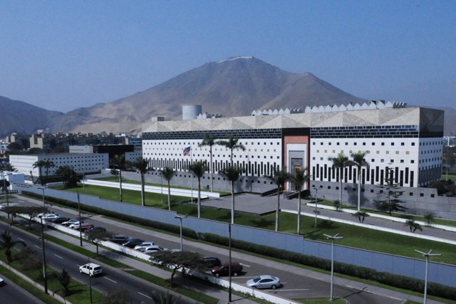 Another Glowing Review of the US Embassy in Lima, Peru